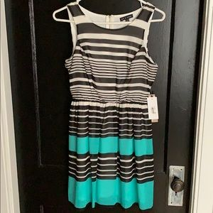 NWT striped dress size 3, black/white/teal